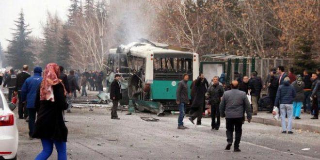 Turchia autobomba contro autobus