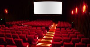 Scappano dal cinema a Torino perchè pensano che una famiglia marocchina voglia fare un attentato