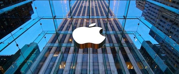 Record fatturato e vendite per Apple iPhone