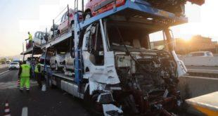Incidente nell'autostrada A1, tra un camion ed un pullman