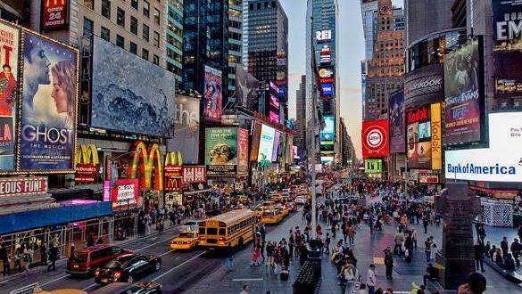 Auto impazzita a Times Square