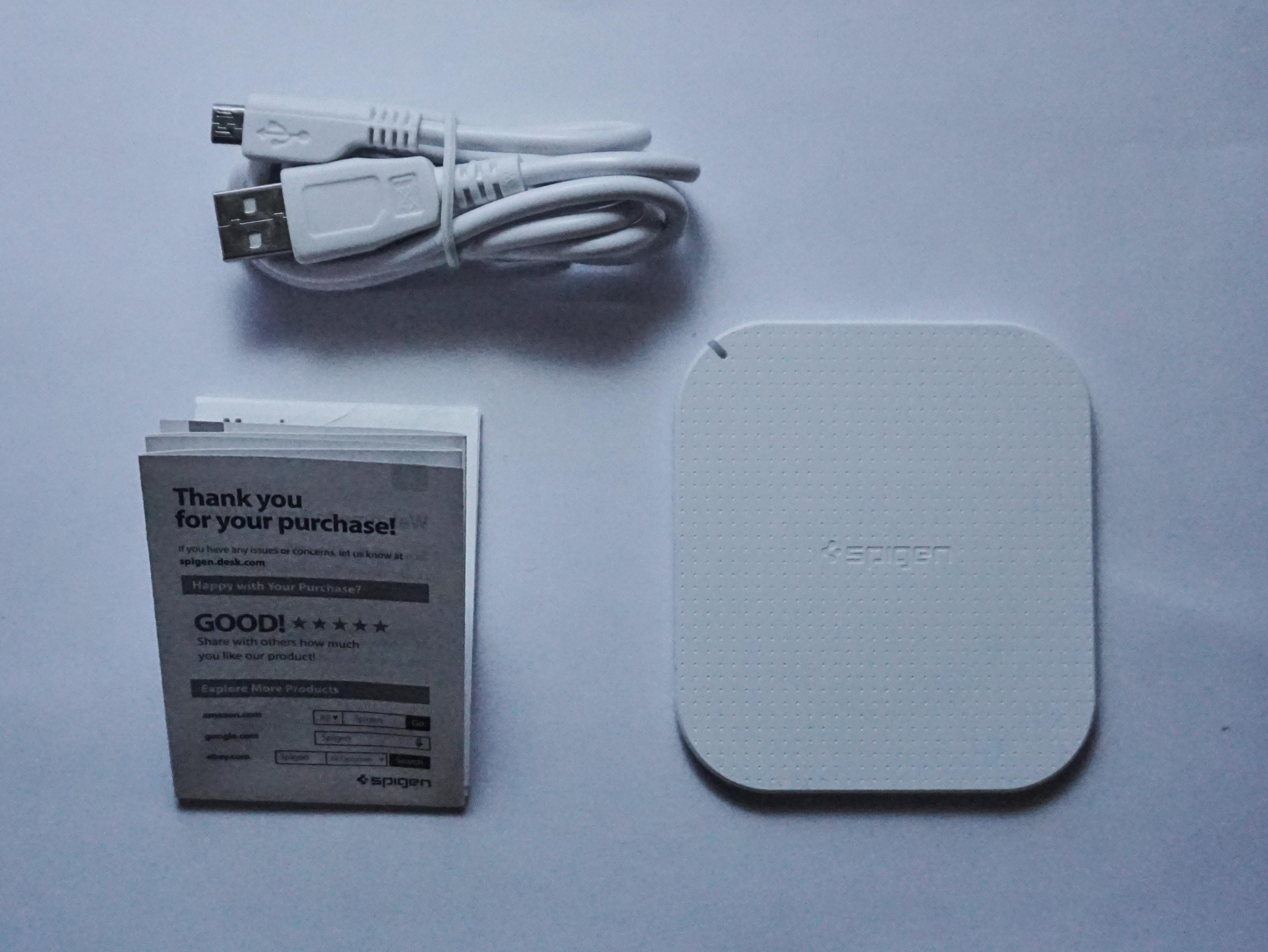 Caricatore Wireless Spigen la recensione